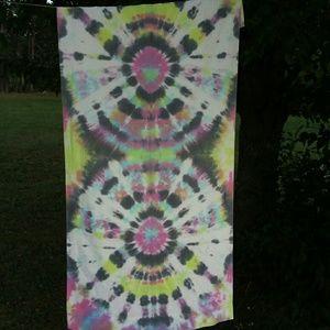 Tie dye king size pillow case